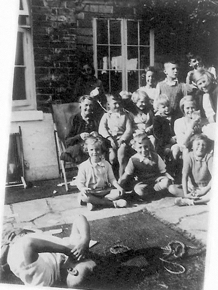 Mrs Ashton and the evacuees